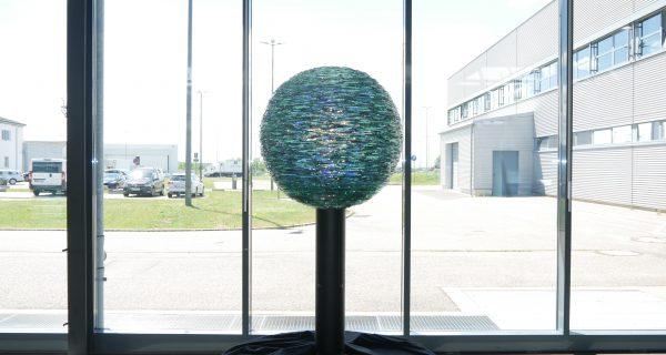 """Im Terminal leuchtet jetzt das """"Abbild der Erde"""""""